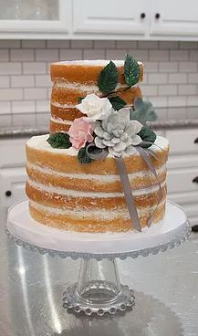 Simply Iced cakes | Calavera Cakery Wedding cakes bakery Longview Texas Wedding Cake Bakery, Wedding Cakes, Longview Texas, Bakery Cakes, Desserts, Food, Deserts, Wedding Cake, Cake Wedding