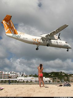 De Havilland Canada DHC-8-315 Da Caribbean Star Airlines De Havilland Canada DHC-8-315 Dash 8  Philipsburg / St. Maarten - Princess Juliana (SXM / TNCM) St. Maarten, December 6, 2006
