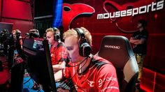 Previewing ELeague semifinals: mousesports and Virtus.pro