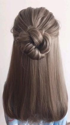 Formal Hairstyles For Long Hair, Office Hairstyles, Simple Hairstyles For Medium Hair, Active Hairstyles, Summer Hairstyles, Medium Hair Updo Easy, Easy Hairstyles For Medium Hair For School, Pretty Hairstyles, Hair Ideas For School
