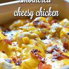 This is how I'd get the boys to eat veggies hide then in something like Smothered Cheesy Chicken Casserole- SOOO good! Cheese, potatoes, chicken and bacon! I Love Food, Good Food, Yummy Food, Yummy Recipes, Bacon Recipes, Keto Recipes, Chicken Soup Recipes, Turkey Recipes, Cheesy Chicken Casserole