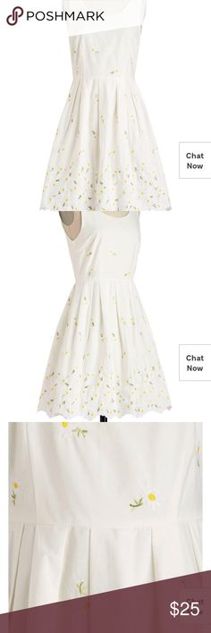 white daisy modcloth  dress pleated skirt. fully lined. like new condition Modcloth Dresses