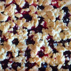 Rezept Pflaumenkuchen mit Marzipanstreusel von binekrueger - Rezept der Kategorie Backen süß