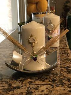 Communion Centerpieces, First Communion Decorations, First Communion Favors, Communion Cakes, First Communion Dresses, First Holy Communion, Baptism Party, Boy Baptism, Baptism Candle