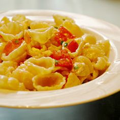Awesome Bow Tie Pasta - light and easy - green onions, feta cheese, fresh tomato in balsamic vinegar and olive oil. Creamy Pasta Recipes, Easy Pasta Salad Recipe, Easy Salad Recipes, Vegetarian Recipes, Dinner Recipes, Dinner Ideas, Sunday Recipes, Delicious Recipes, Antipasto Pasta Salads