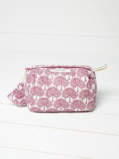 Mulberry tree make up bag