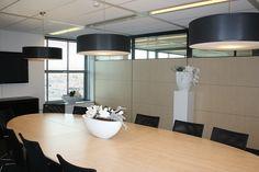 Inrichting van vergaderruimte kantoorpand door Vive la Maison te Hendrik ido Ambacht www.vivelamaison.nl