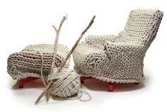 knitting with branches. MAL, a Dutch design company, has created a sweater for its popular lounge chair. Beige Carpet, Modern Carpet, Knitting Humor, Hand Knitting, Knitting Ideas, Knitting Patterns, Niche Design, Painting Carpet, Yarn Bombing