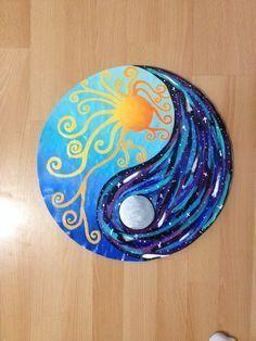 Sun and moon ying yang design Vinyl Record Art, Vinyl Art, Art Hippie, Image Zen, Yin Yang Art, Yin Yang Tattoos, Rock Design, Rock Crafts, Moon Art
