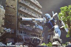 """/144 Diorama: AFTER AIR STRIKES """"The Tracker & The Fugitive"""" RG Gundam & Zaku II. FULL"""