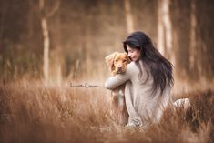 Wild Animals Photography, Human Photography, Photography Poses, Photos With Dog, Photo Animaliere, Tier Fotos, Girl And Dog, Puppy Pictures, Dog Portraits