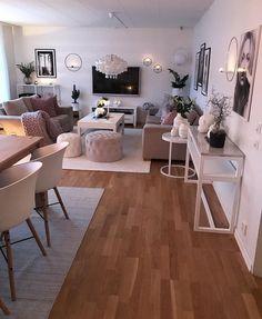 Novel Small Living Room Design and Decor Ideas that Aren't Cramped - Di Home Design Apartment Living Room Design, House Interior, Home, Small Apartment Living Room, Interior, Room Decor, Living Room Decor, Home And Living, Apartment Decor