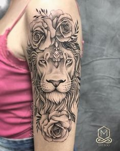 Whatsapp 47 9 9722 Thank you for Daianas trust! Upper Half Sleeve Tattoos, Upper Arm Tattoos, Tattoos For Women Half Sleeve, Half Sleeve Tattoos Designs, Shoulder Tattoos For Women, Arm Sleeve Tattoos, Women Sleeve, Tattoo Designs, Lion Tattoo Design