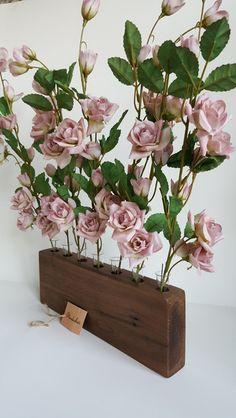 Vasen - Blumenvase Nußbaum - ein Designerstück von GalerieClaJa bei DaWanda
