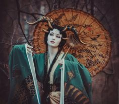 I'm actually not sure what a LARP costume is, but this one looks rad. Foto Fantasy, Dark Fantasy, Fantasy Art, Fantasy Creatures, Mythical Creatures, Geisha, Character Inspiration, Character Art, Illustration Fantasy