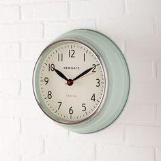 Newgate Cookhouse Clock, Kettle Green
