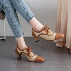 Girls like my sneakers on them, not because they look good on the rack because they look good. Oxford Heels, Women Oxford Shoes, Winter Fashion Boots, Fashion Shoes, Slip Resistant Shoes, Girls Shoes, Ladies Shoes, Comfy Shoes, Luxury Shoes