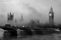 Foggy London--Westminster Abbey and Big Ben Big Ben, Oh The Places You'll Go, Places To Visit, To Infinity And Beyond, Old London, London Photos, London Calling, London England, Land Scape