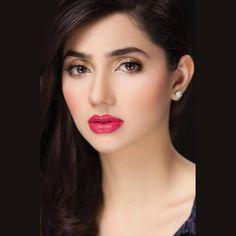 #MahiraKhan - Pakistani Fashion Model & Actress