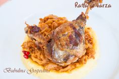 Rata pe varza Pyrex, My Recipes, Waffles, Meat, Chicken, Breakfast, Food, Morning Coffee, Essen