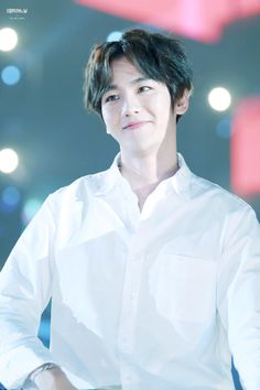 Image shared by hunnie wind. Find images and videos about exo, baekhyun and 160114 on We Heart It - the app to get lost in what you love. Baekhyun, Kris Wu, Exo Official, Xiuchen, Exo Korean, Fandom, Kpop Exo, Chanbaek, Korean Celebrities
