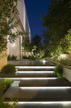 LB House by Shachar Rozenfeld Architects - MyHouseIdea