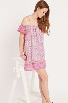 Shop Little White Lies Off-Shoulder Dress in Pink at Urban Outfitters today. 2015 Fashion Trends, 2015 Trends, Urban Outfitters, Little White, Ruffle Sleeve, Rose, Printing On Fabric, Cover Up, Cold Shoulder Dress