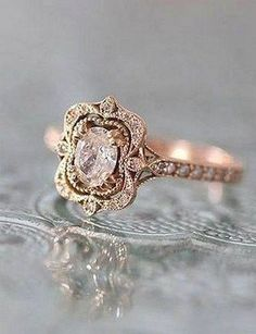 146 Vintage Wedding Jewelry 2017 Trends and Ideas. Classic and beautiful vintage diamond ring Vintage Wedding Jewelry, Vintage Rings, Vintage Style, Vintage Dress, Unique Vintage, Vintage Diamond, Vintage Beauty, Vintage Art, Vintage Silver