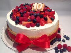 Ovocný narozeninový dort - Víkendové pečení Brownie Cupcakes, Cake Cookies, Sweet Recipes, Cake Recipes, Cake Slicer, Coquille Saint Jacques, Salty Cake, Birthday Cake Decorating, Just Cakes