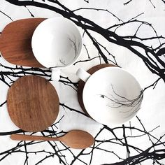 We bring nature inside with our monochrome range ➿ 👀Spot the little birdie sitting on a branch! Love Milo, Cool Tables, Little Birdie, Cool Cafe, Black And White Design, Old And New, Flora, Decorative Plates, Table Settings