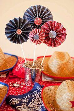 http://www.karaspartyideas.com/2012/10/cowboy-themed-3rd-birthday-party.html