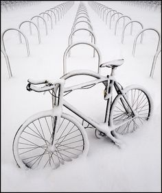Bicycle In The Snow #bicycles, #bicycle, #pinsland, https://apps.facebook.com/yangutu