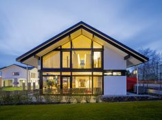 Modern Fachwerkhaus bungalow huf haus 6 9 das individuelle architektenhaus