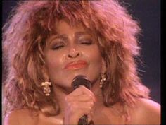 Miss Anna Mae Bullock,born in Nutbush,Tennessee. Better known as Tina Turner - What's Love Got To Do With It (Live) Kinds Of Music, Music Love, Love Songs, Good Music, Lollapalooza, Shakira, Tina Turner Proud Mary, Rock Rio, Beyonce