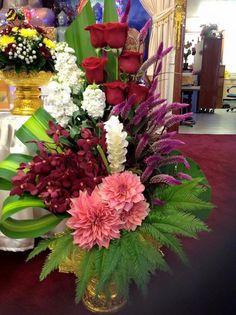 Unique Flower Arrangements, Unique Flowers, Flower Centerpieces, Flower Decorations, Beautiful Flowers, Altar Flowers, Church Flowers, Funeral Flowers, Corporate Flowers