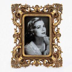 "Rama foto ""Vintage Beauty"", un regal de motive baroce."