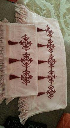 kanaviçe işlenmiş havlu örnekleri (46)