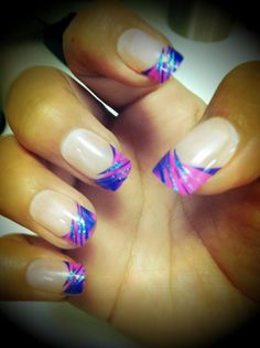 Our nails of the day are our Edge nails with bright neon pink and blue tips!! Do you <3?!