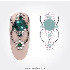 Swarovski Nails, Crystal Nails, Rhinestone Nails, Bling Nails, Bling Bling, Nail Crystal Designs, Nail Art Strass, Water Nail Art, Chic Nail Designs