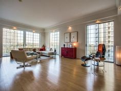Contact us if interested in this listing in Dallas! www.SueKrider.com