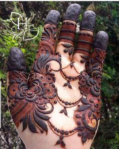 Finger Mehendi Designs, Khafif Mehndi Design, Mehndi Design Pictures, Best Mehndi Designs, Arabic Mehndi Designs, Mehndi Images, Mehndi Designs For Hands, Pakistani Henna Designs, Dulhan Mehndi Designs