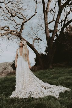 The OG Indie Bridal Shop with Modern + Stylish Wedding Dresses and Bridal Accessories for Romanic, Bohemian and Creative Brides. Wedding Dress Chiffon, Bohemian Wedding Dresses, Dream Wedding Dresses, Wedding Gowns, Wedding Day, Wedding Bells, Mumu Wedding, Wedding Stuff, Lovely Dresses