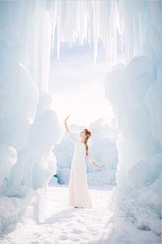 Disney's Frozen wedding inspiration at the Ice Castles in Midway, UTAH #frozen #weddinginspiration #weddingchicks http://www.weddingchicks.com/2014/04/03/frozen-wedding-ideas/