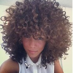 "For all girls and boys who are proud of natural curly hair and appreciate this lovely hairstyle. ""Beautiful curls are the result of accepting your curls, working with them, and being consistent in. Curly Bangs, Curly Hair Styles, Natural Hair Styles, Curly Fro, Long Curly, Natural Beauty, My Hairstyle, Cool Hairstyles, Twisted Hair"