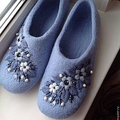 Wool Shoes, Felt Shoes, Shearling Slippers, Felted Slippers, Nuno Felting, Needle Felting, Wool Embroidery, Felting Tutorials, How To Make Shoes