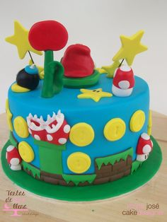 Tarta Super Mario Bros - Super Mario Bros cake www.tartasdelunallena.blogspot.com maria jose cake designer