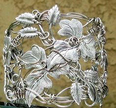 wow, this is fabulous, soldered leaves onto wire, truely a work of art!