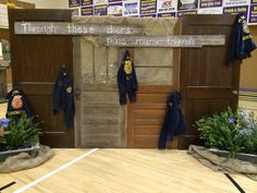 FFA Banquet Backdrop http://www.pinterest.com/jenncrane/my-ag-education-classroom/