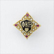 ΦKΘ Sweetheart Badge