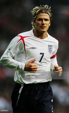 List of Great Manchester United Wallpapers Beckham David Beckham of England in action during the World Cup 2006 Group 6 qualifying match between England and Austria at Old Trafford on October 2005 in Manchester, England. Beckham Football, David Beckham Soccer, Football 2018, David Beckham Style, National Football Teams, Saint Germain, David Beckham Wallpaper, Manchester United Wallpaper, David And Victoria Beckham